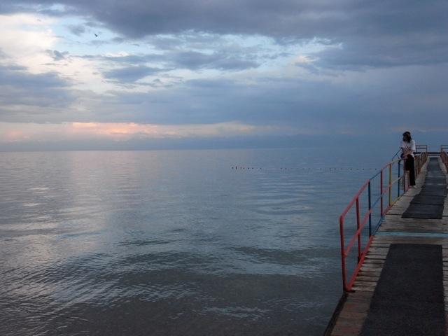 6 20101006182610 玄奘三蔵が大清池と呼んだイシククル湖