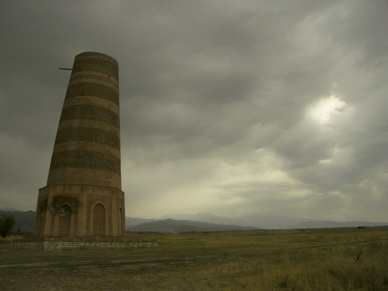PICT0128 シルクロードの風に立つブラナの塔