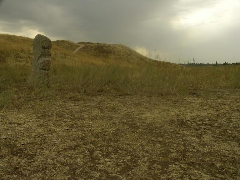 PICT0160 シルクロードの風に立つブラナの塔